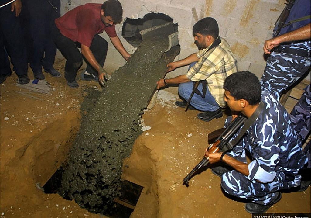 LW_gaza-tunnels07